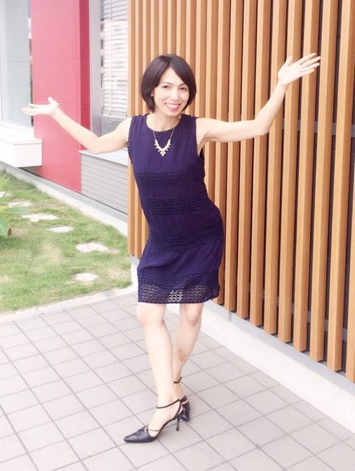 沖縄で活躍する女性ヨガ講師